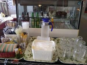 マムズキッチンのセルフサービスコーナーの写真