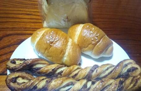 ダンケン谷山店で買ったパンの写真