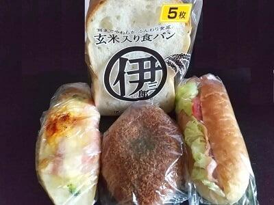 京都伊三郎製ぱん霧島店の買ったパンの写真